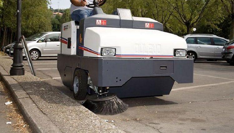 Industrial Sweeping Machine